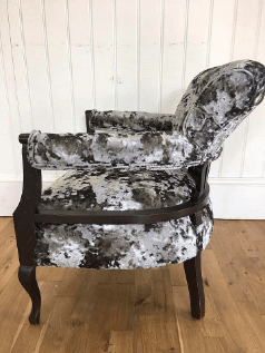 """""""Victorian Horse Shoe Chair"""" Traditional upholstery by Emma Mullender"""